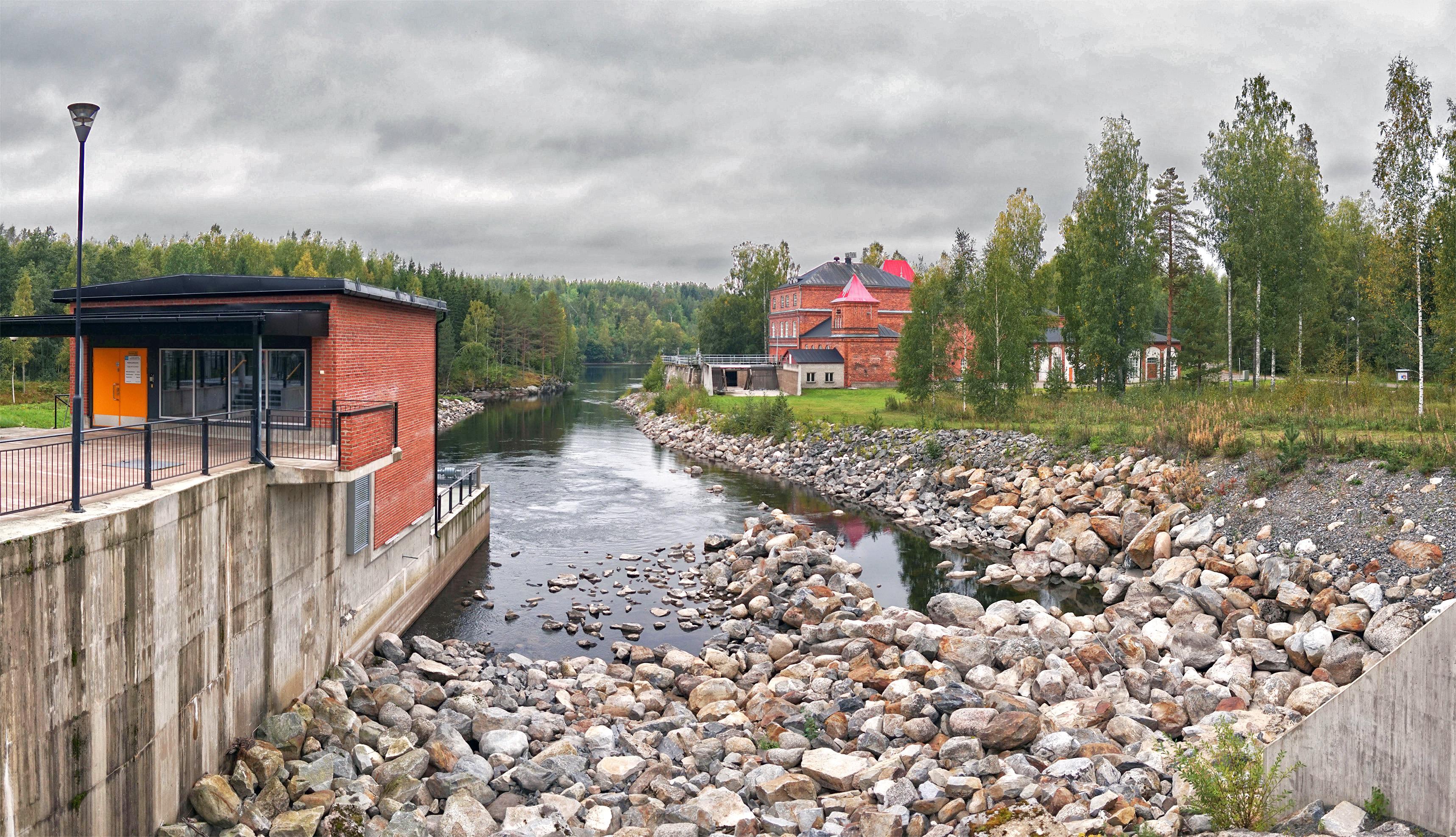 Kissakoski canal 2.jpg