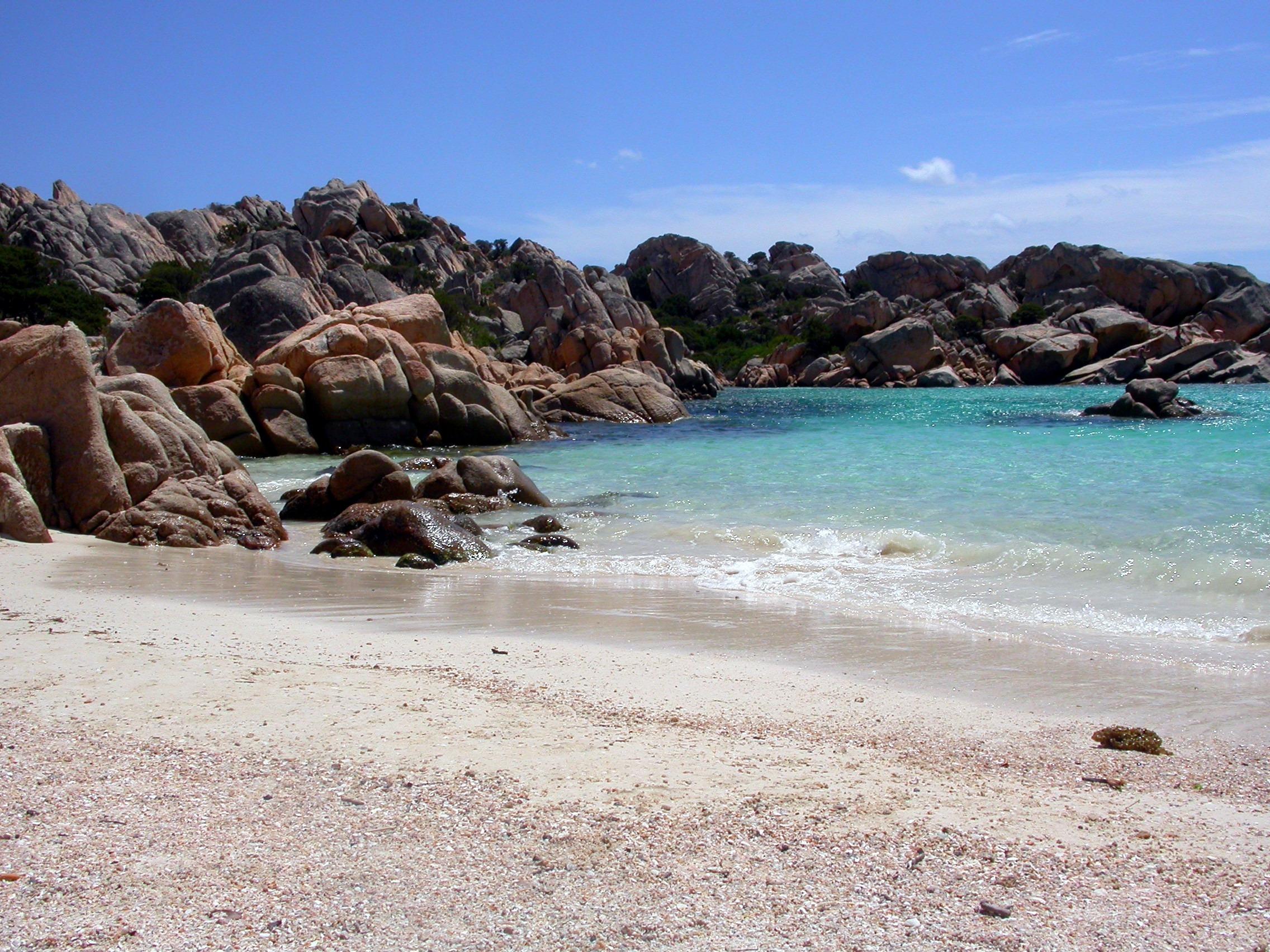 Le spiagge pi belle della sardegna del nord nord est e - Bagno maddalena ...