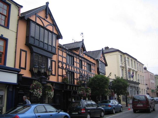 File:Mallow, The Hibernian Hotel - geograph.org.uk - 278245.jpg