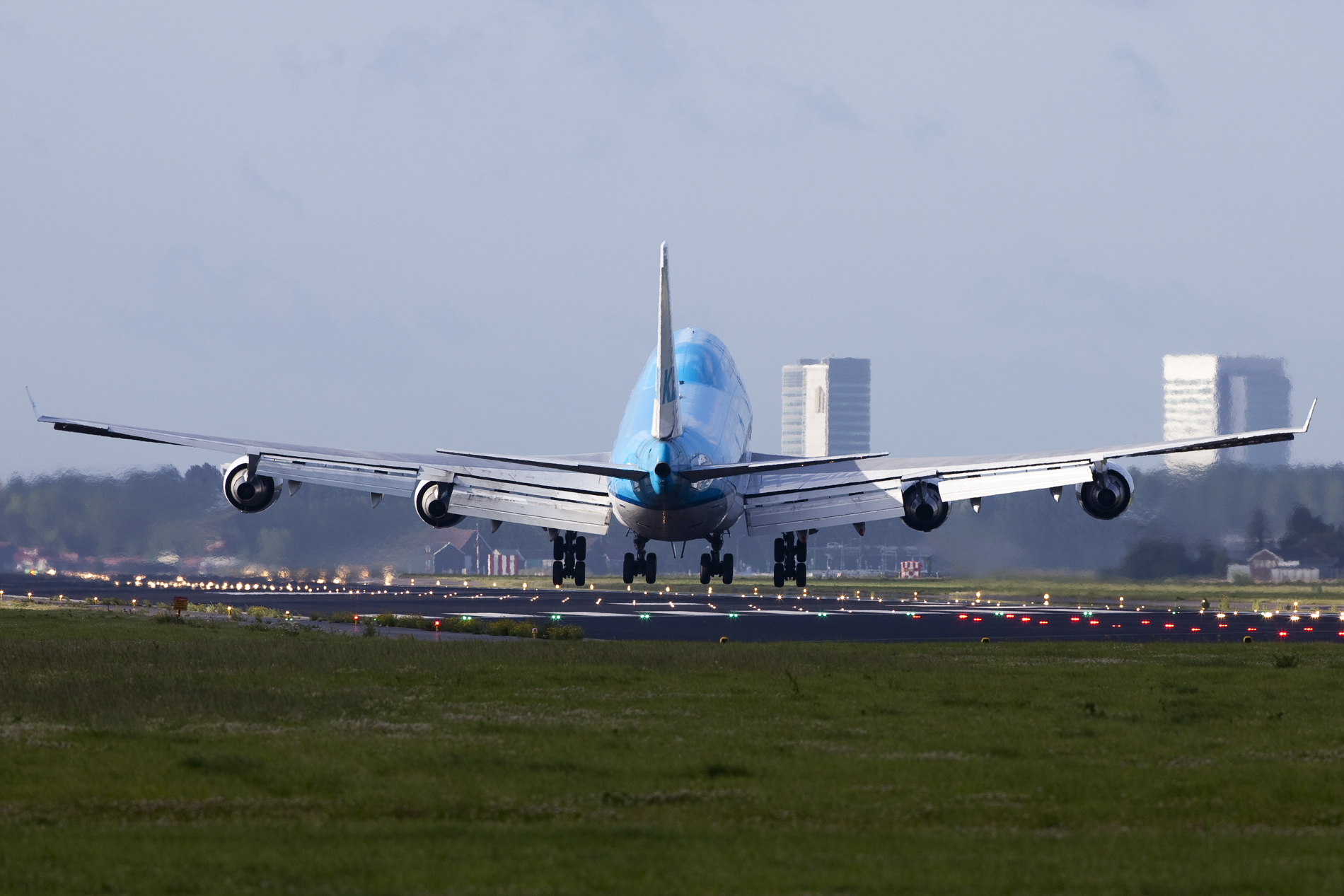 Crosswind landing - Wikipedia