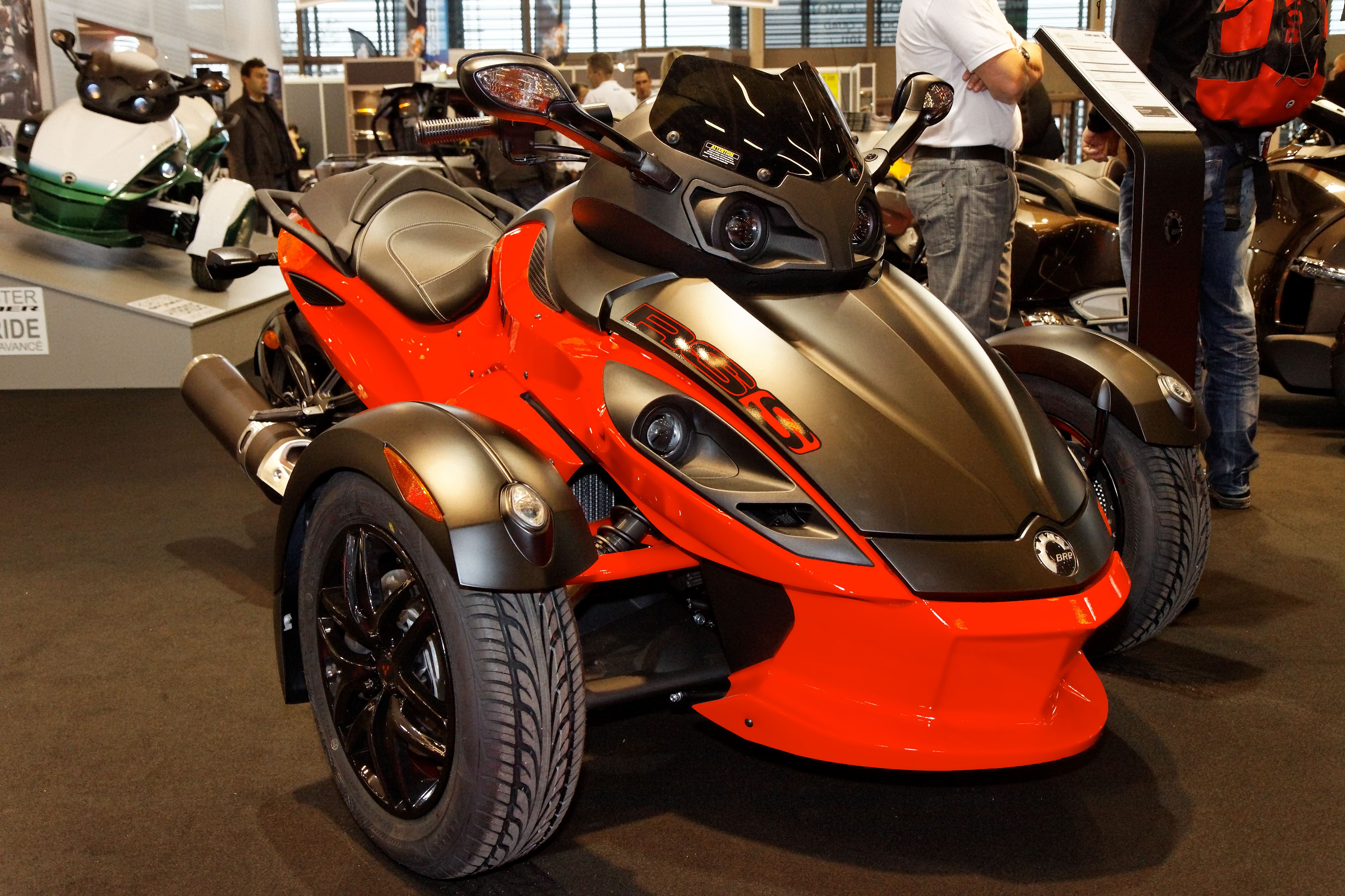 File paris salon de la moto 2011 can am spyder rs