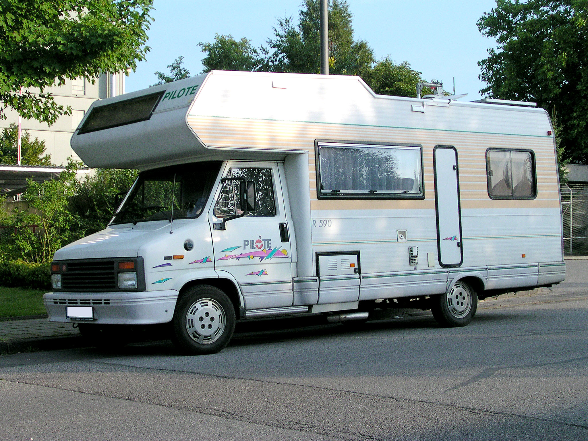 Camping Car Pilote Trafic Int Ea A Bal  Mx