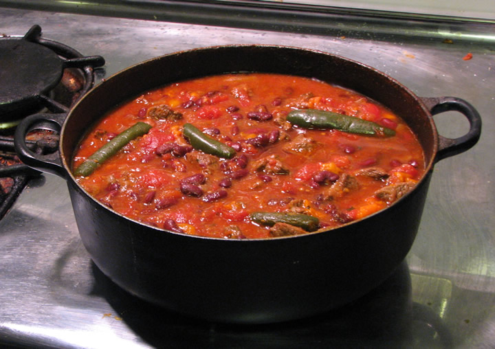 File:Pot-o-chili.jpg - Wikimedia Commons