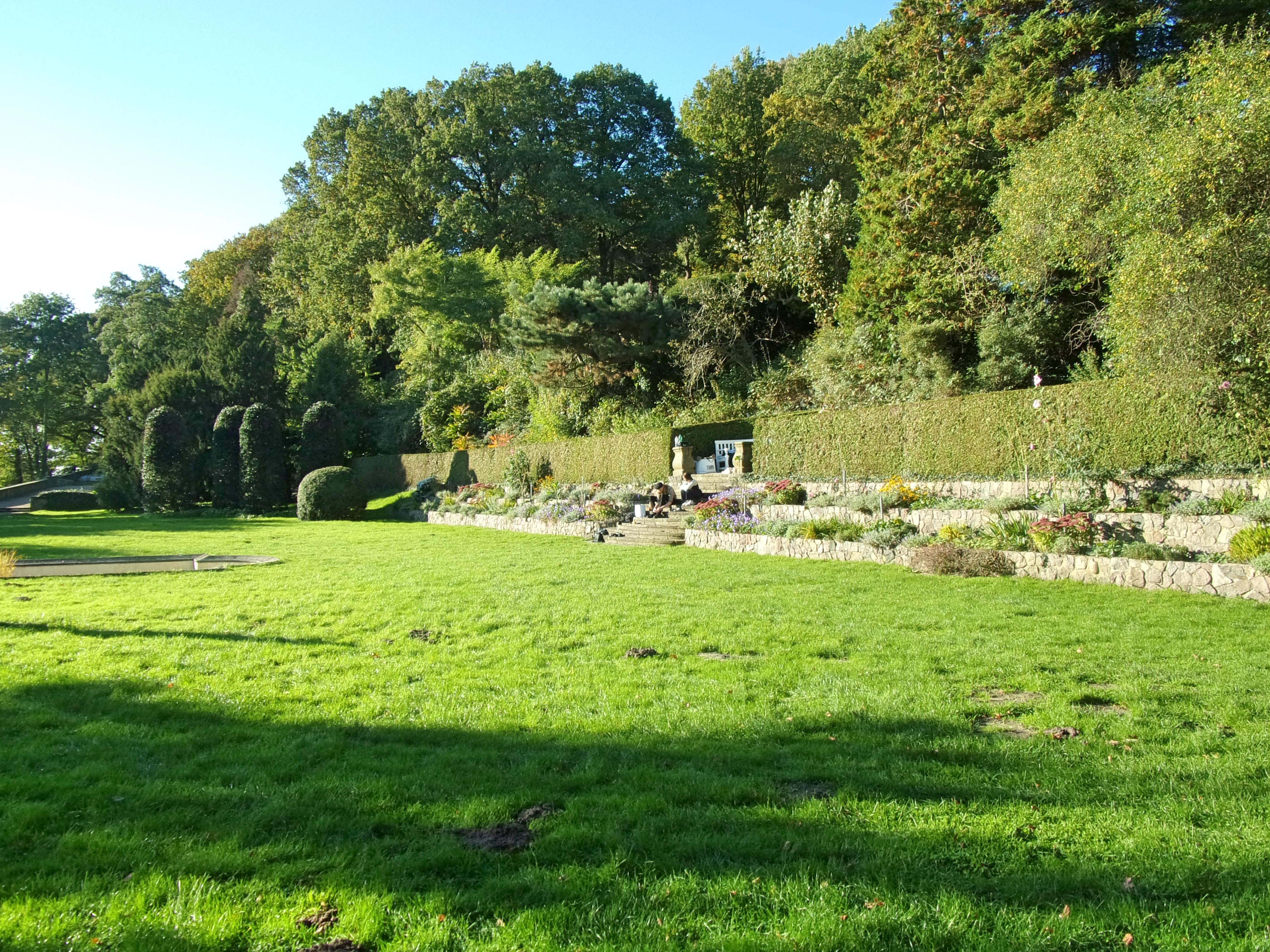 Filerömischer Garten Hochbeete 1jpg Wikimedia Commons