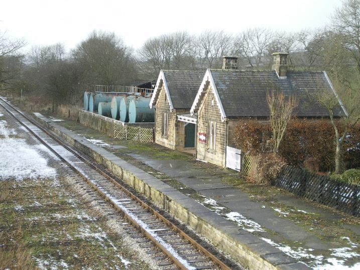 Shottle station buildings - geograph.org.uk - 1703754