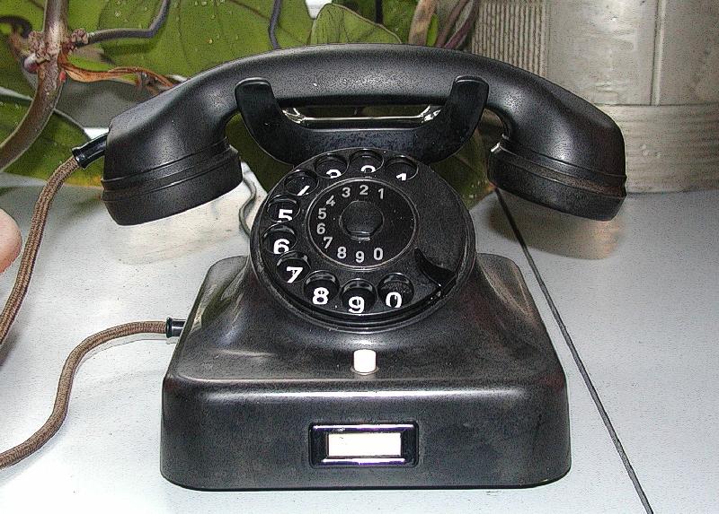 Telefon-Technik 01 (RaBoe).jpg