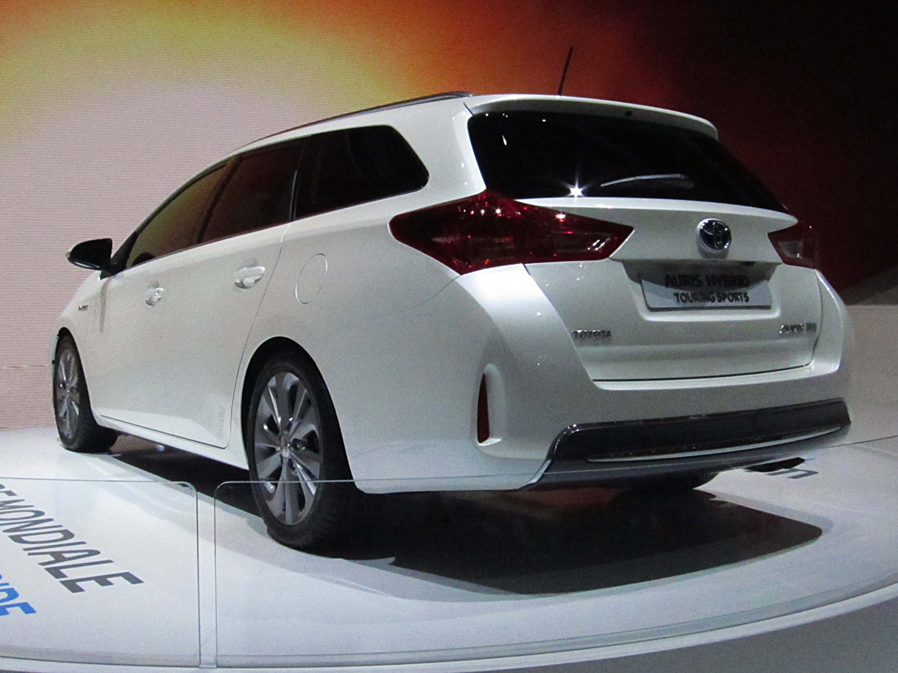 file toyota auris ii hybrid touring sports rear jpg. Black Bedroom Furniture Sets. Home Design Ideas