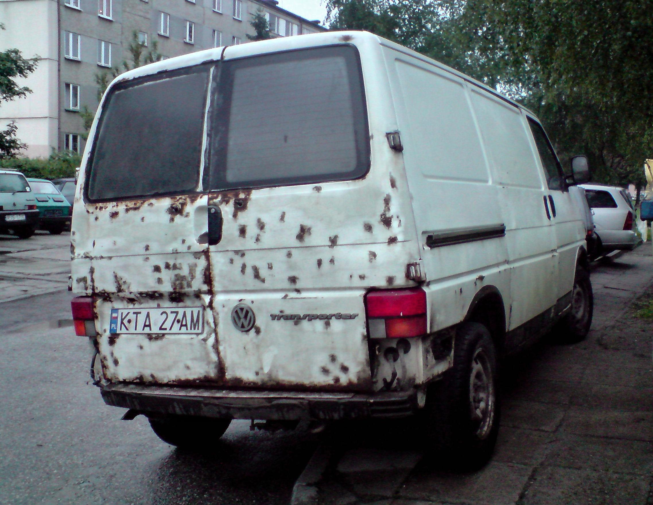 File transporter t4 rusty jaslo jpg wikimedia commons