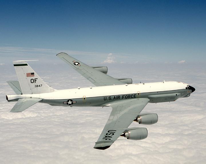 Boeing RC-135 (avion de  reconocimiento USA ) USAF_Combat_Sent