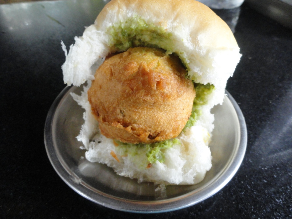 21 Mind Blasting Indian Street Foods That Will Make You Run For A Bite!