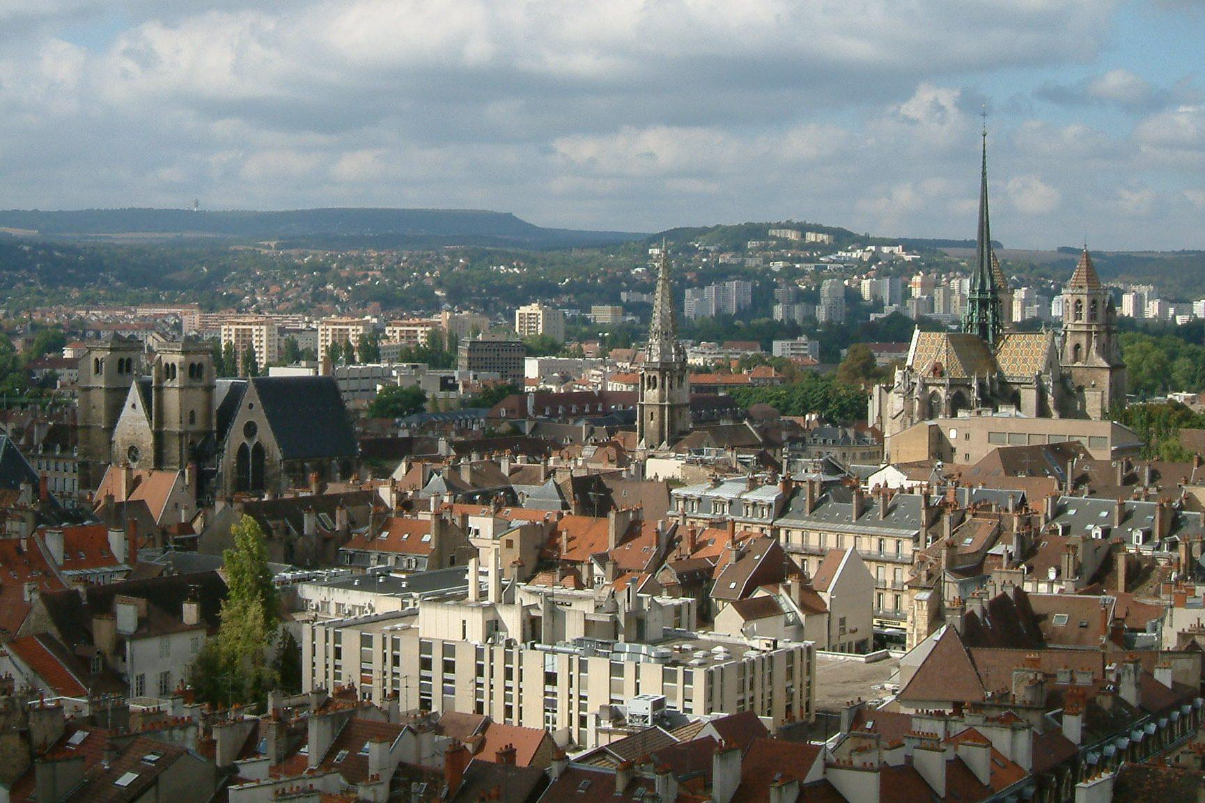 File vue panoramique de dijon wikimedia commons for Domon france