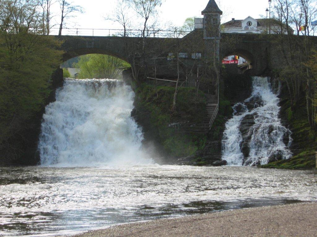 File Waterfalls Of Coo Wikimedia Commons