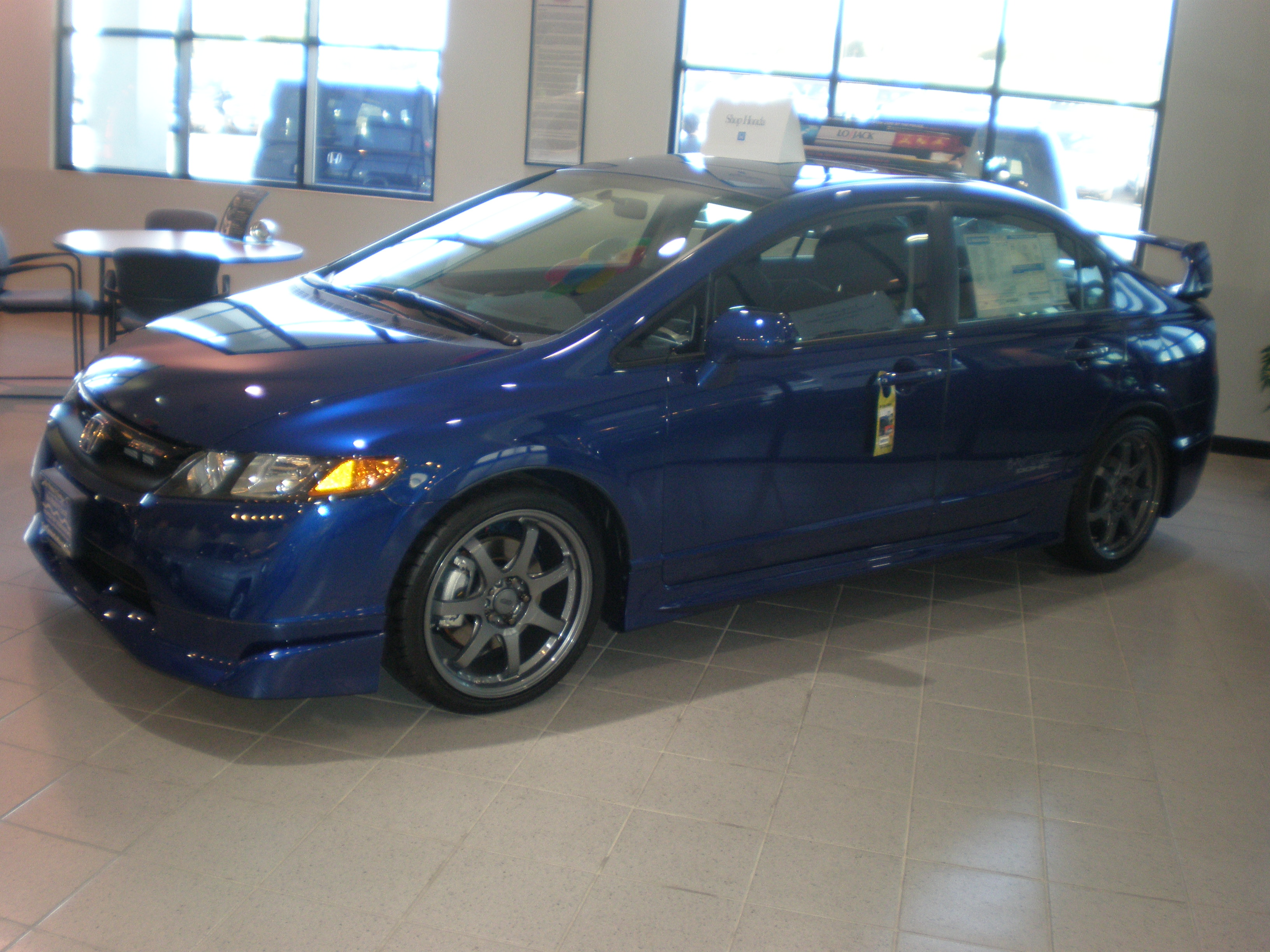 File:2008 blue Honda Civic Mugen Si sedan side.JPG