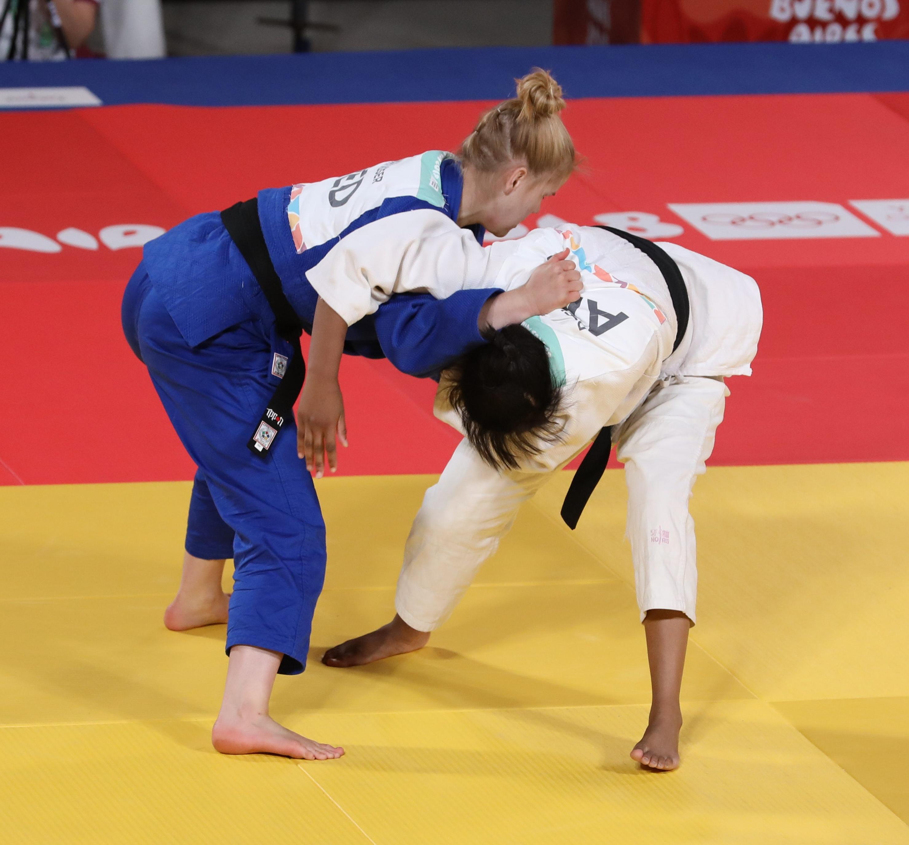 File:2018-10-10 Djellab vs Visser (Semifinal Judo Mixed