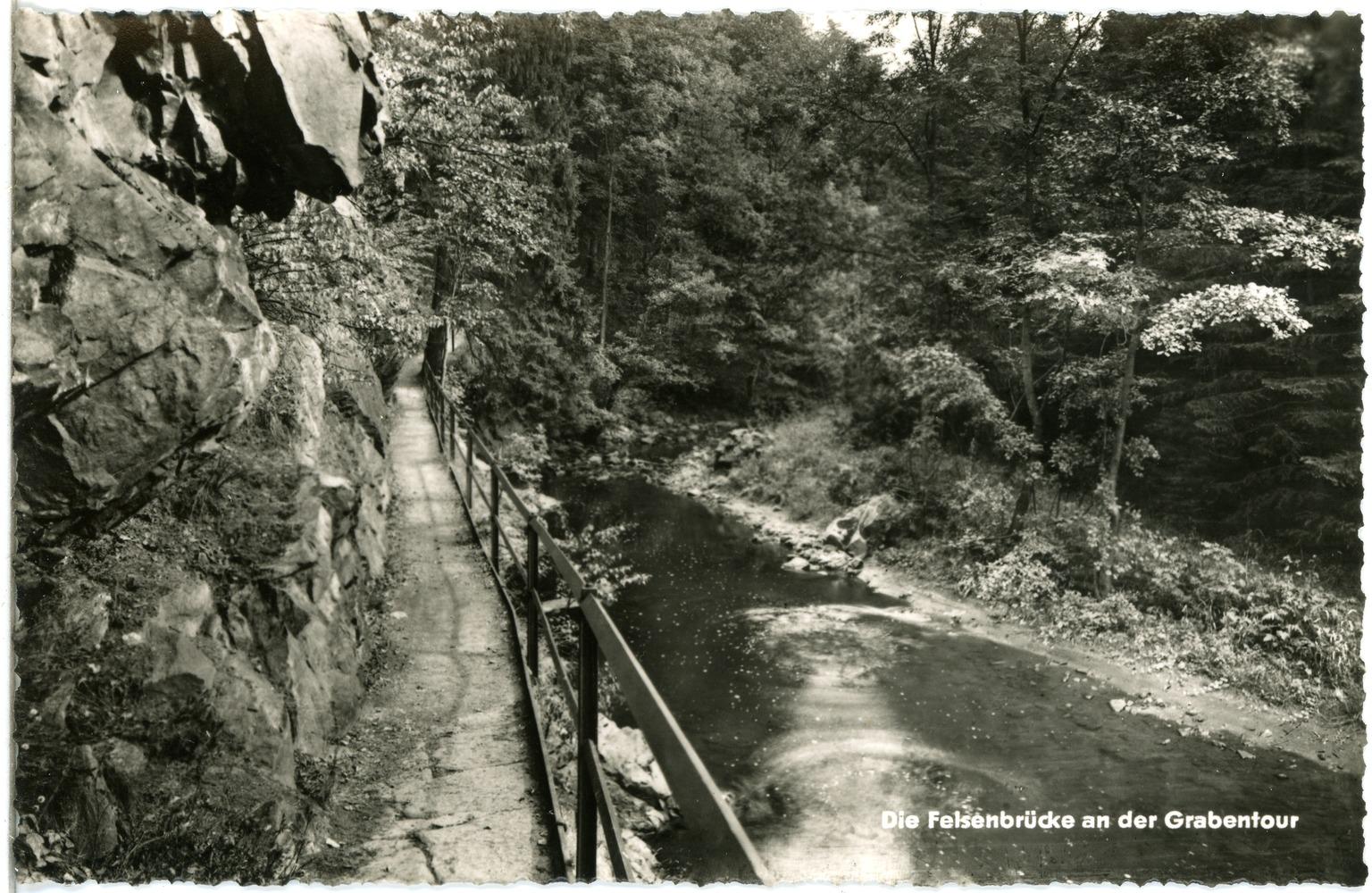 File:29755-Grabentour-1962-An der Grabentour, Felsenbrücke-Brück &