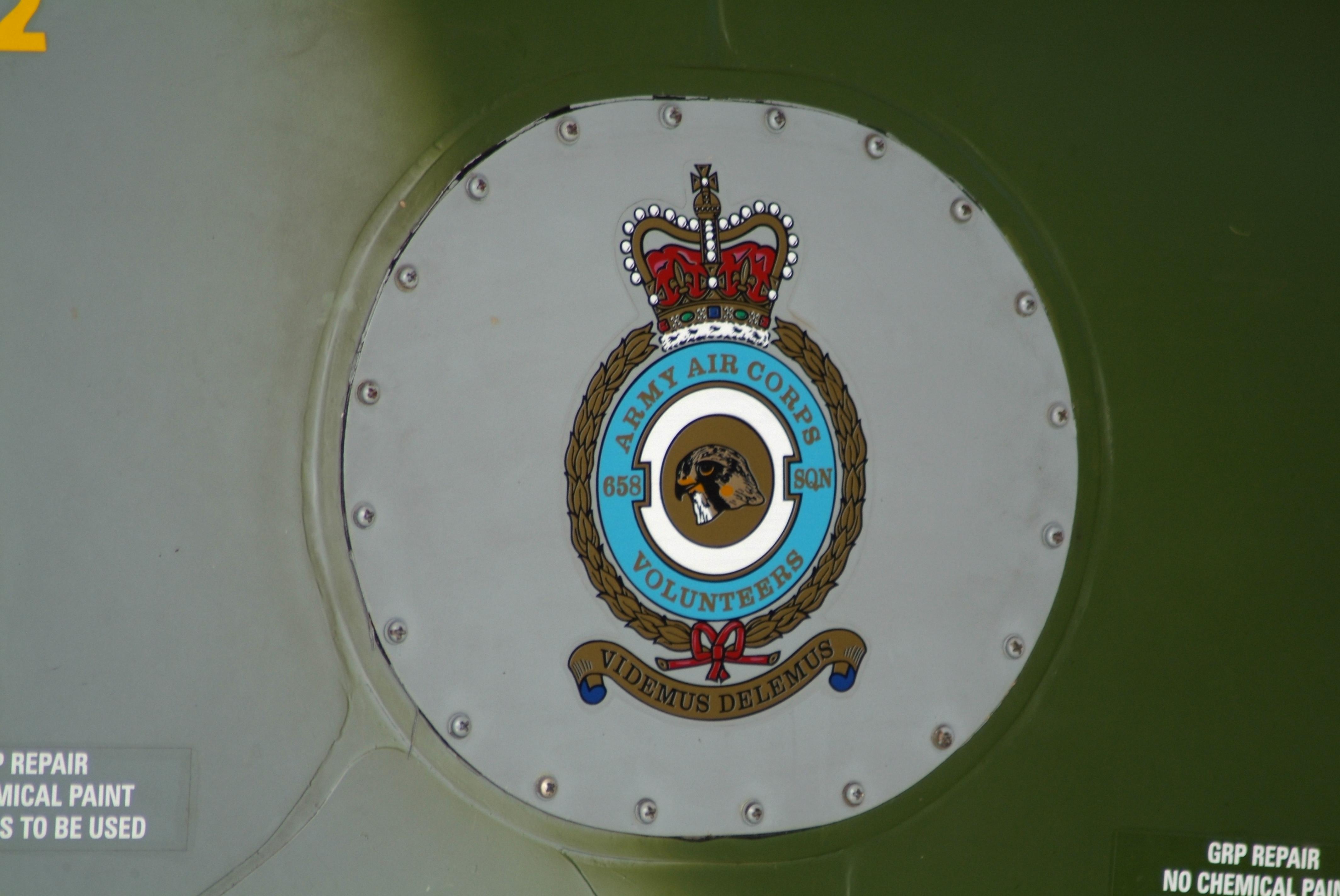 Escuadrón 103 Insignia Pin RAF