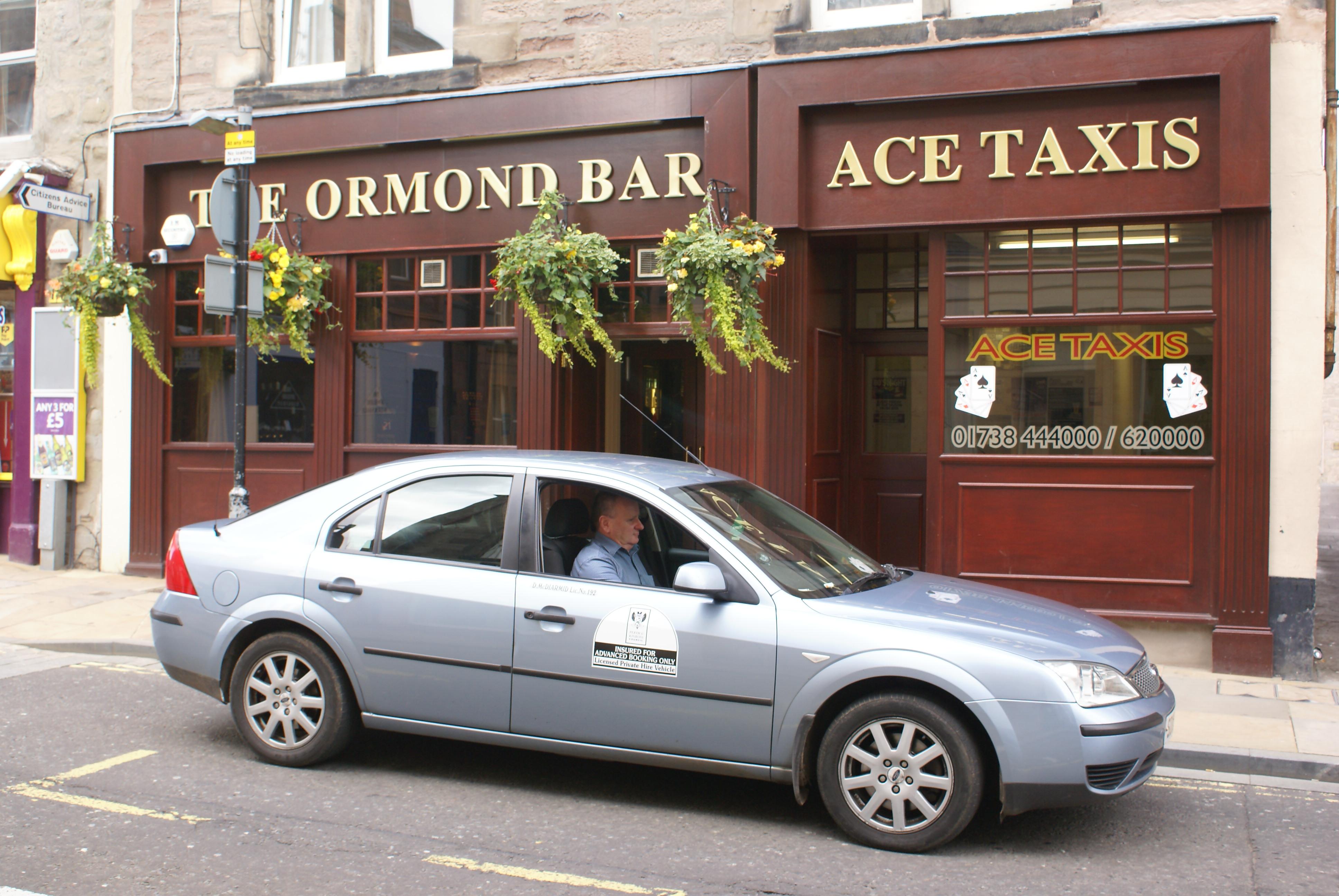 Ace Cars Taxi Roman Road
