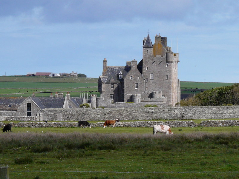 File:Ackergill Tower (geograph 2432134).jpg
