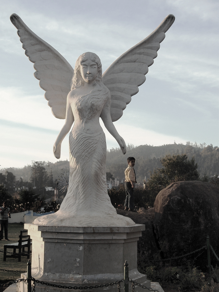 Http Commons Wikimedia Org Wiki File Angel Statue In Ooty Rose Garden Jpg