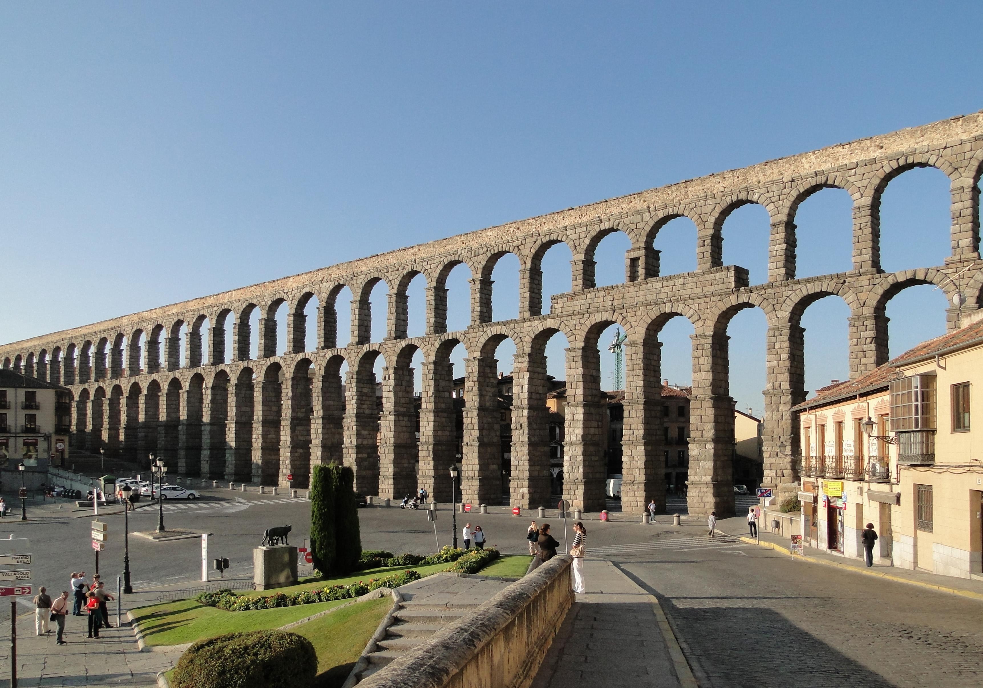 Aqueduct of Segovia : pics