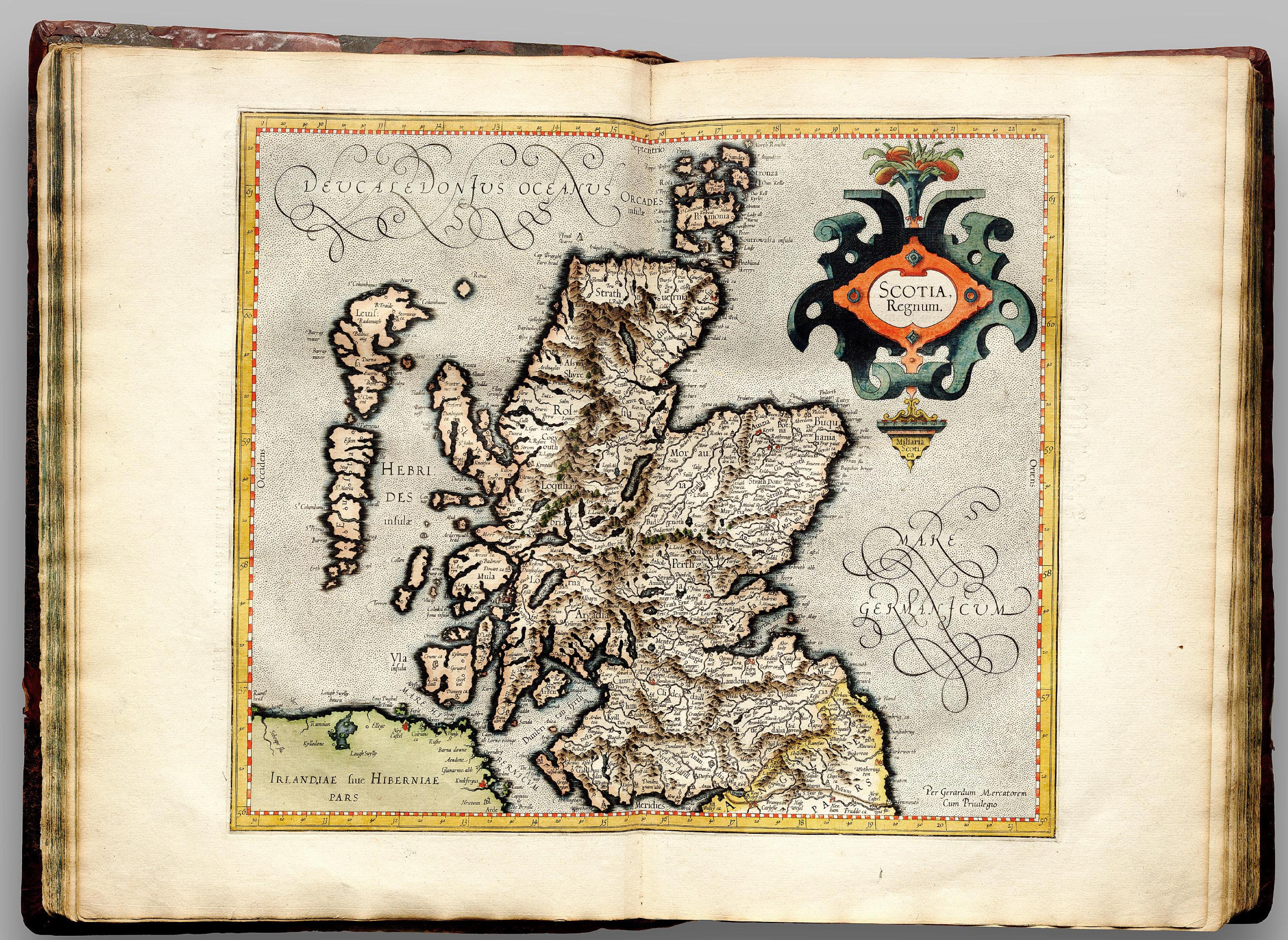 Pau Map%0A Vintage Map of Scotland Poster