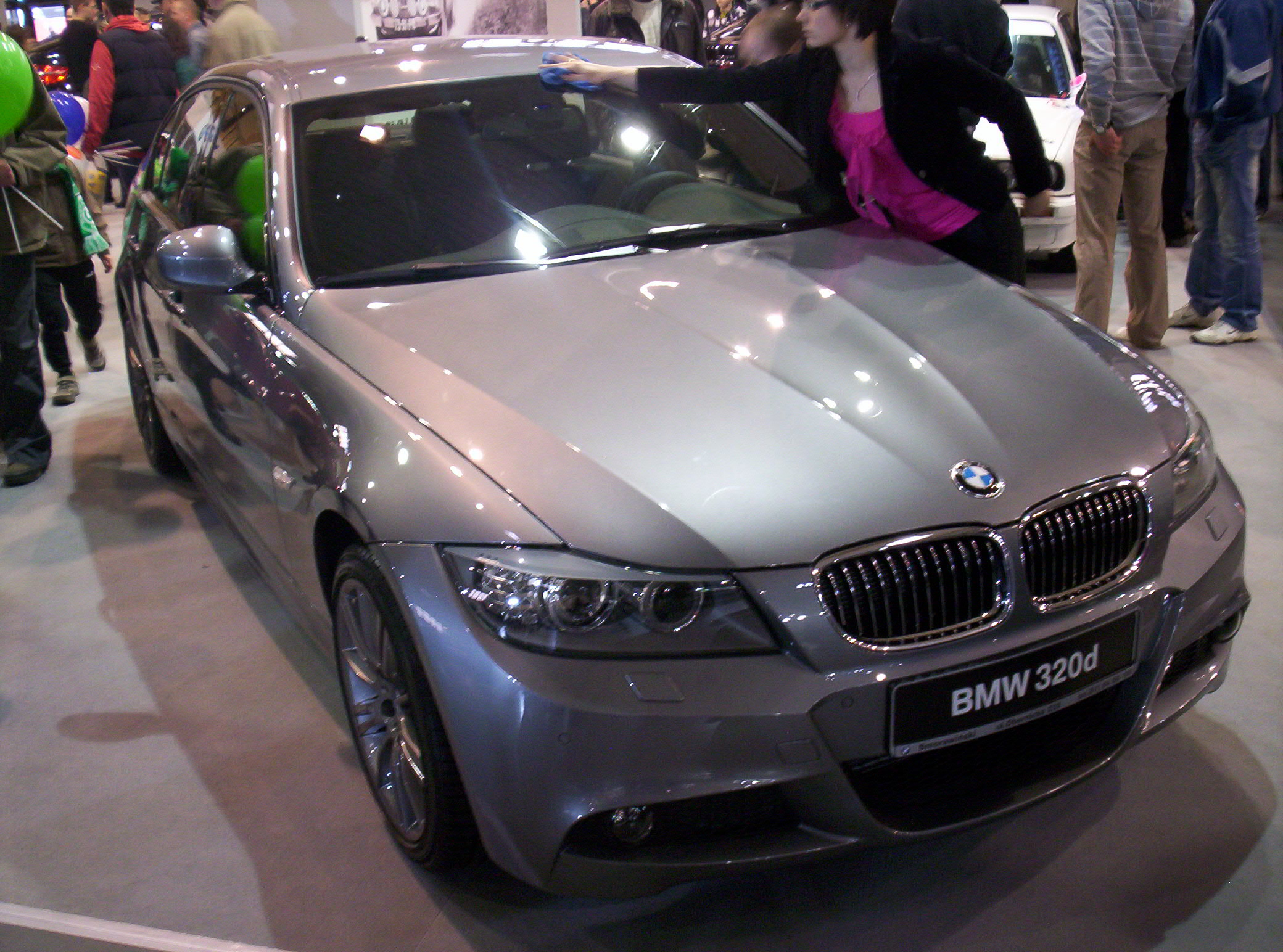 file bmw 320d e90 front poznan wikimedia commons. Black Bedroom Furniture Sets. Home Design Ideas