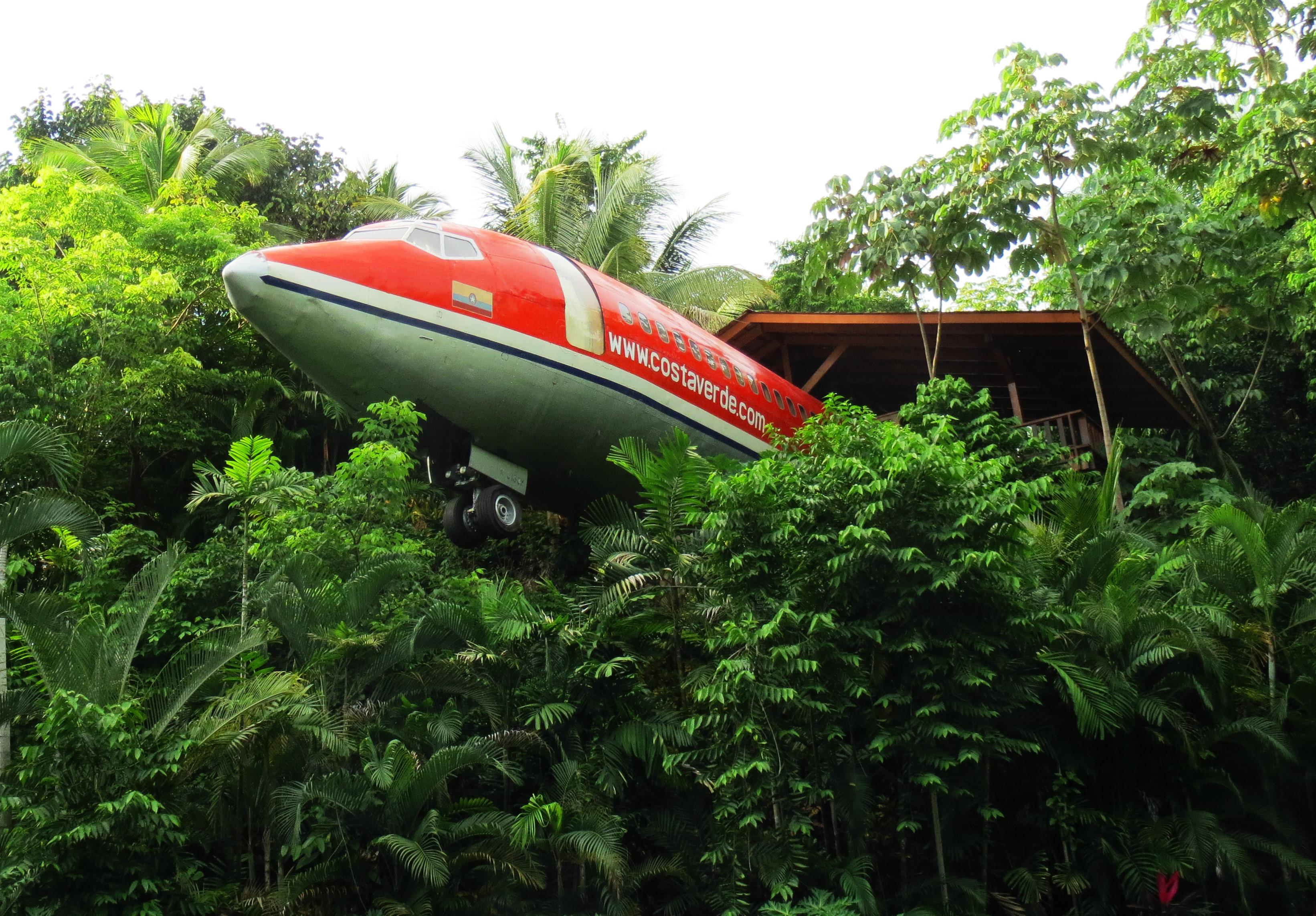 Costa Verde Hotel Plane