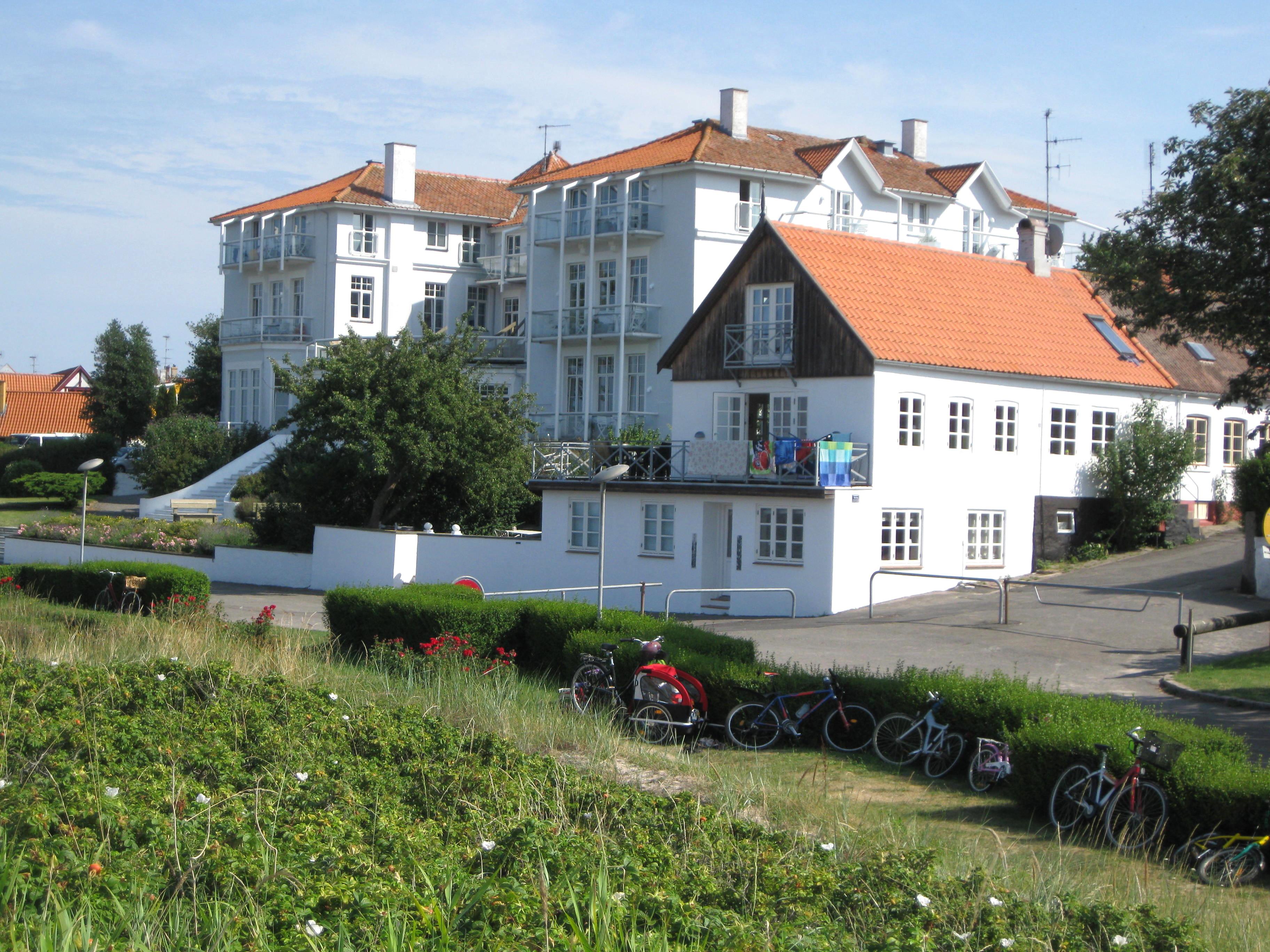 hotel denmark to hotel scandic palace