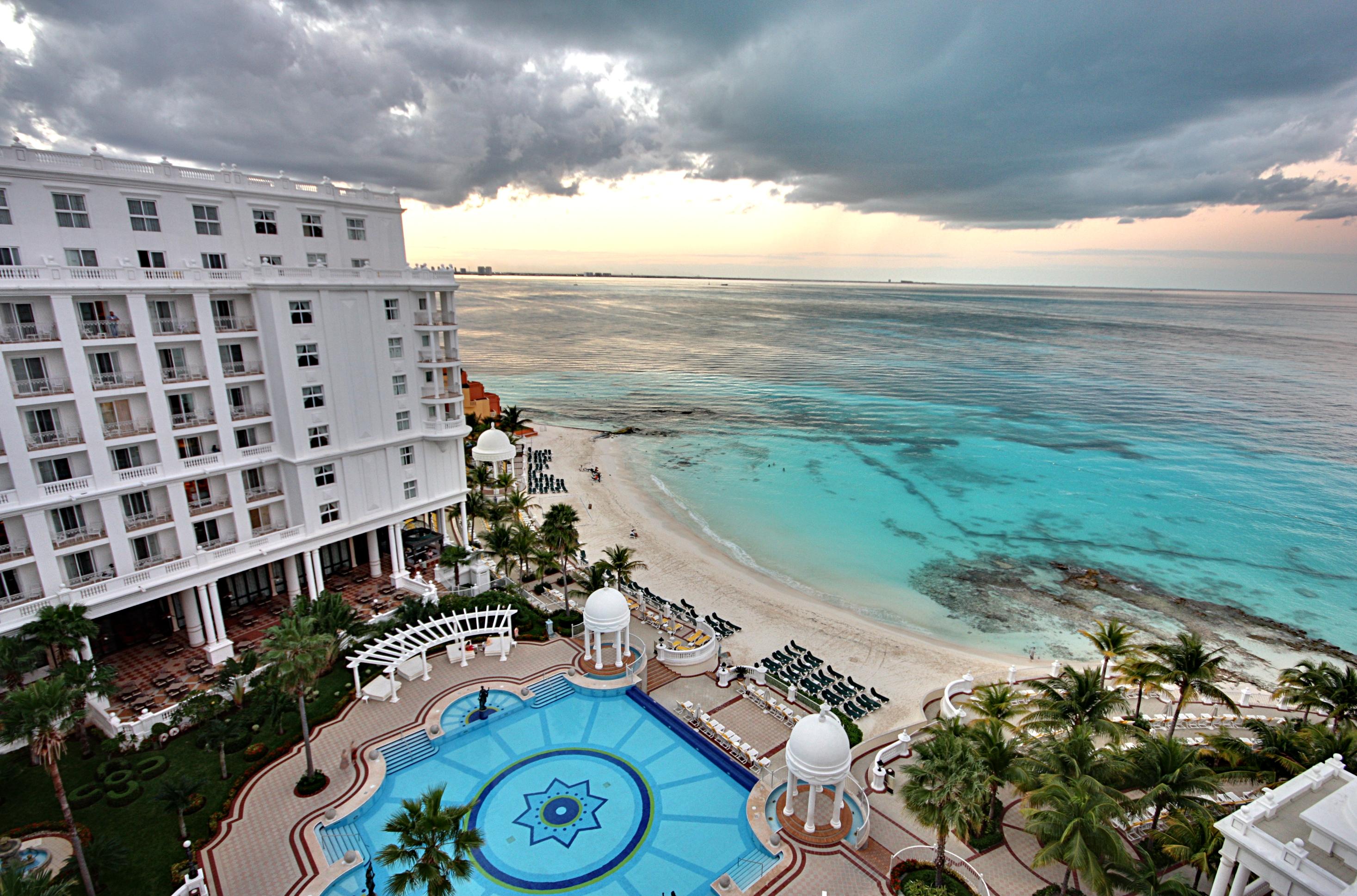 Hotel Palace Cancun