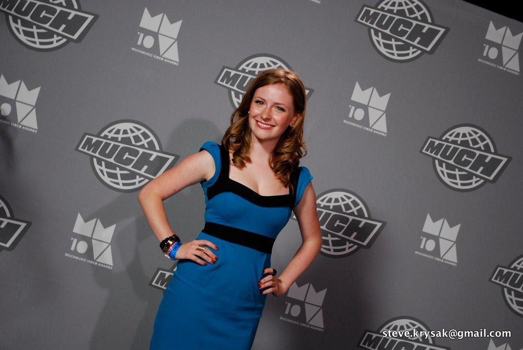 File:Charlotte Arnold at 2010 MMVA jpg - Wikimedia Commons