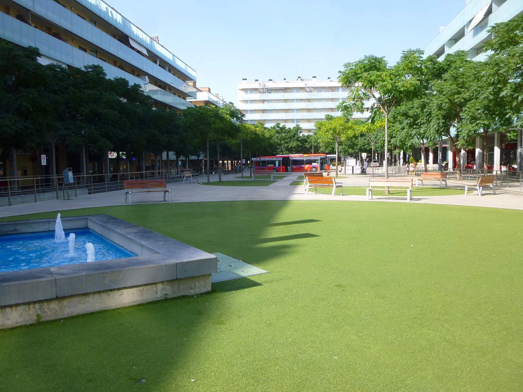 File:Cuarte de Huerva - Residencial Forum Cuarte 5.jpg - Wikimedia ...