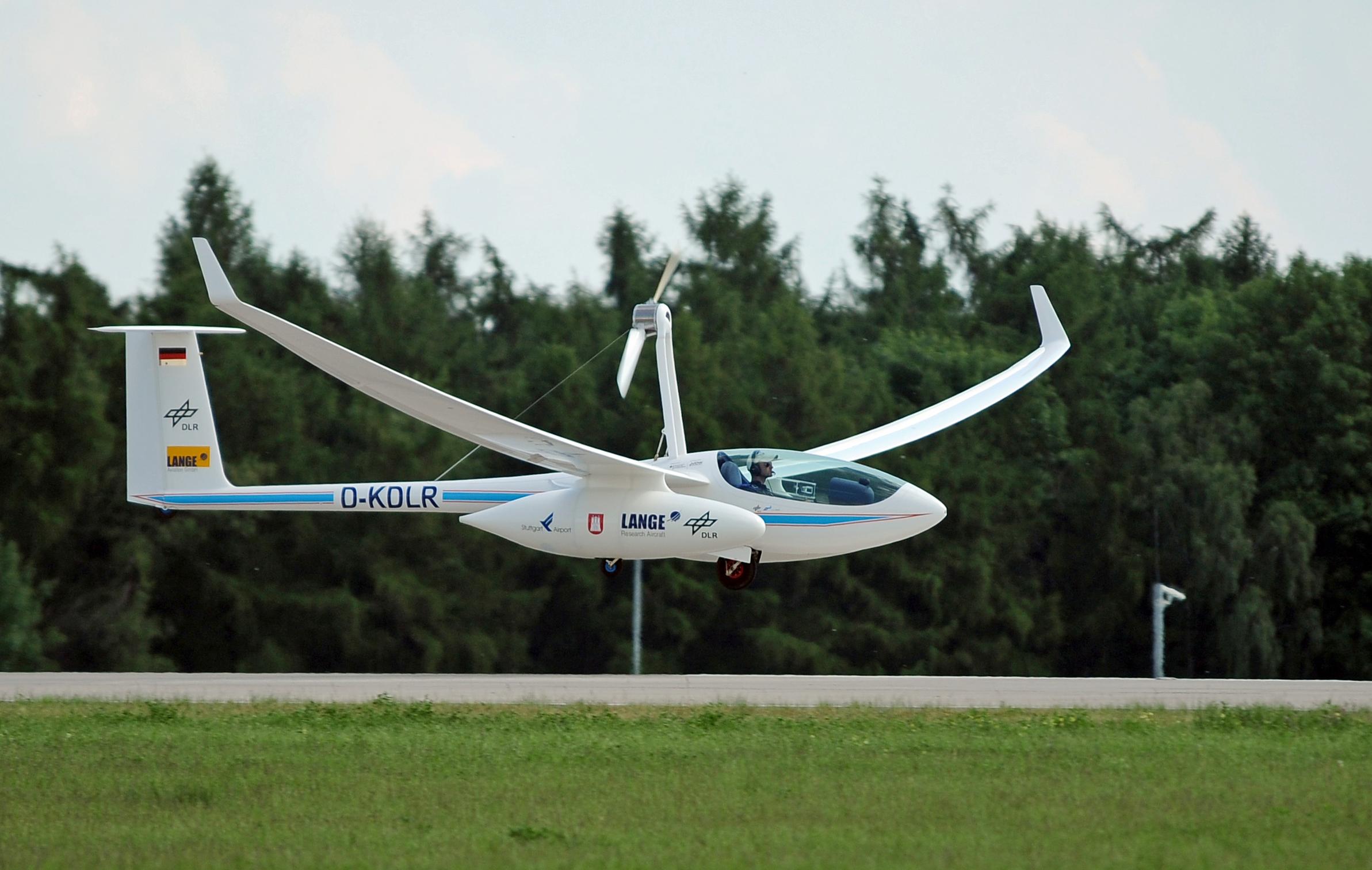 Aircraft Fuel Cells