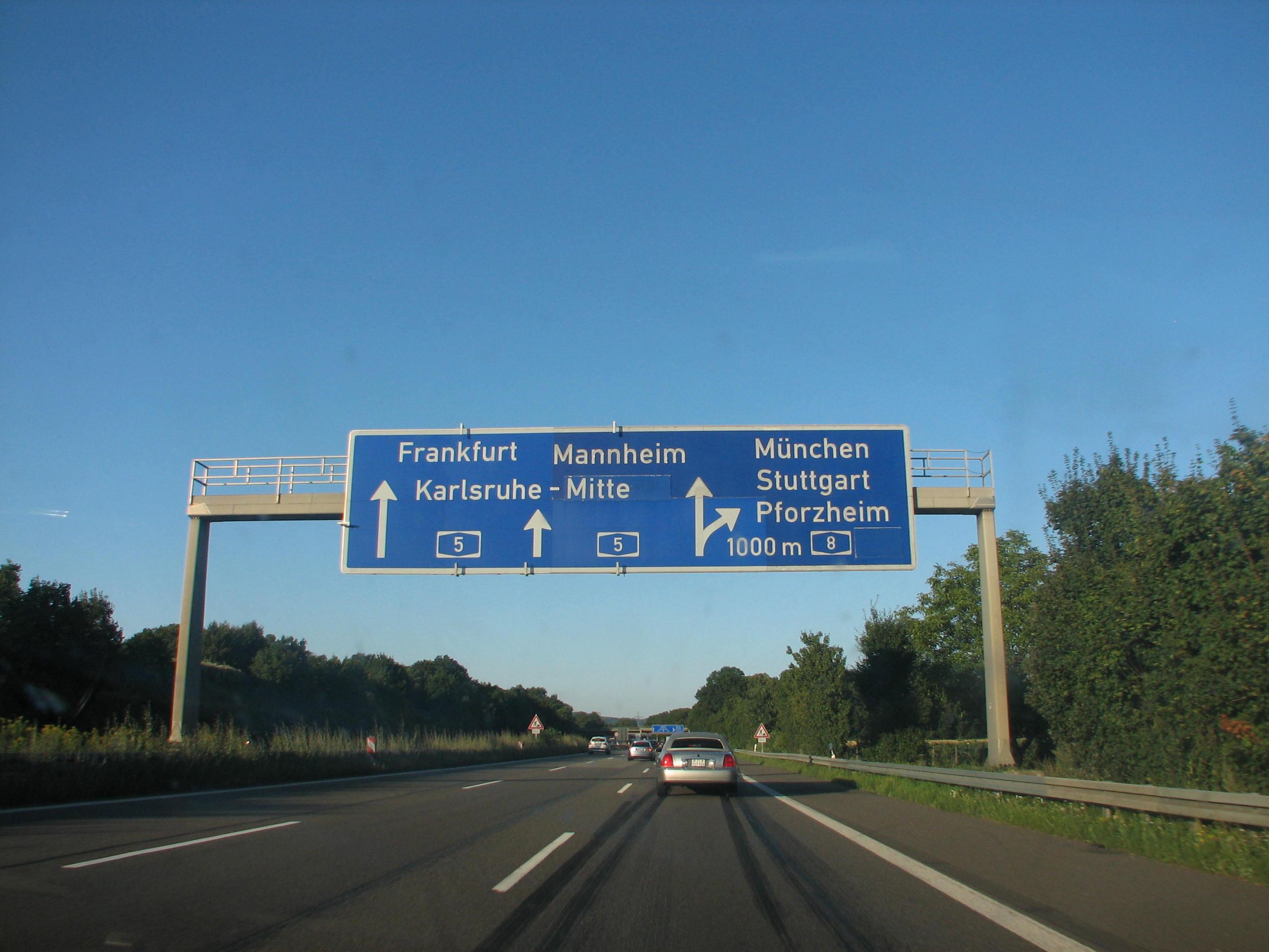Dreieck Karlsruhe