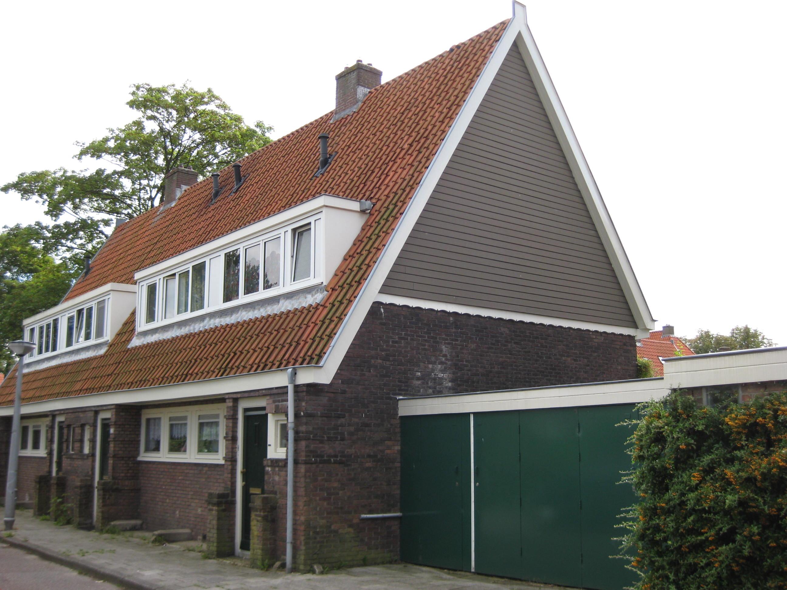 Jaren 30 Keuken Amsterdamse School : Amsterdamse School, aansluitend op andere keukenwonin .. in Amsterdam