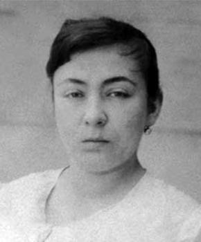 Fatma Aliye Portrait (cropped)