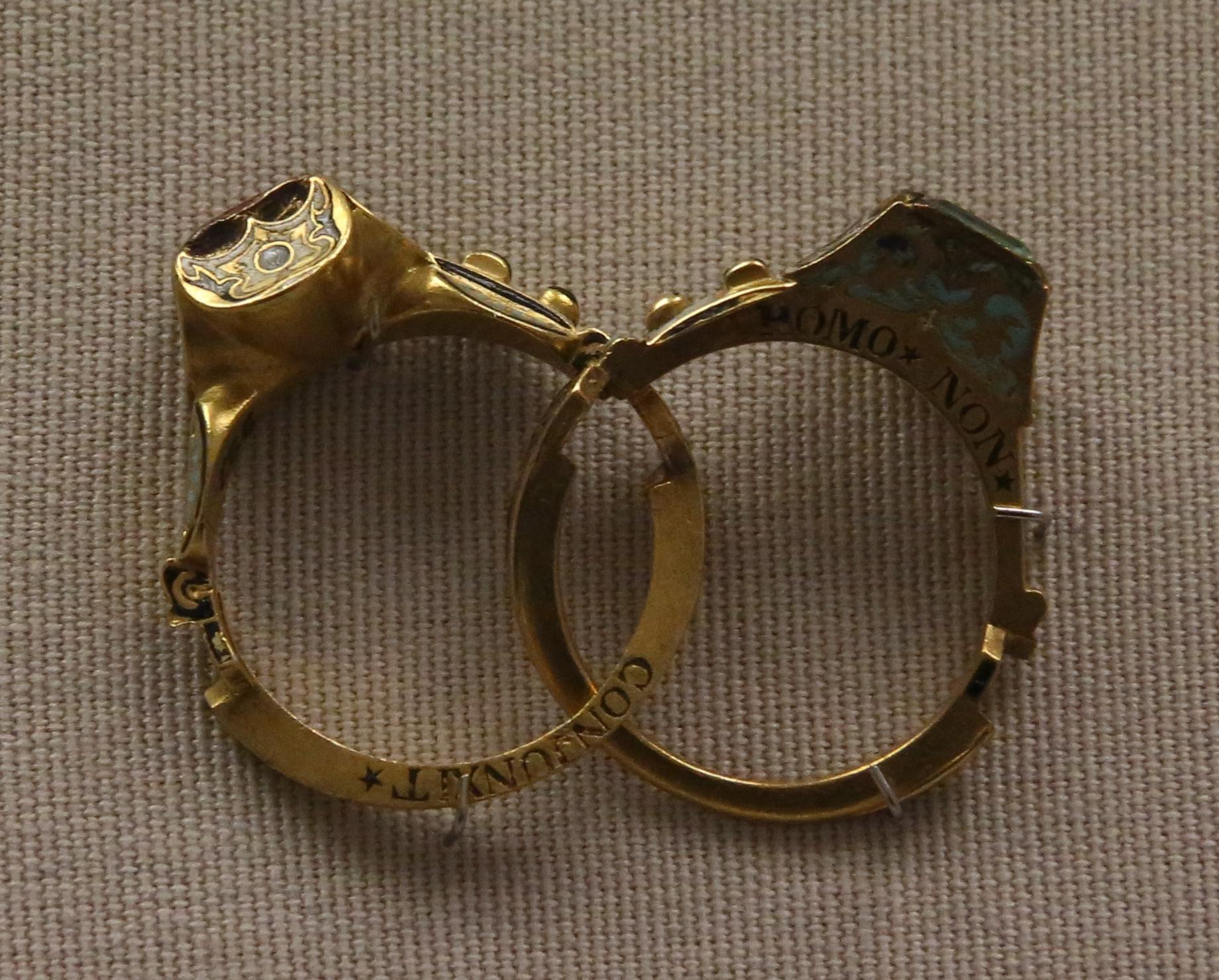 Gimmal ring
