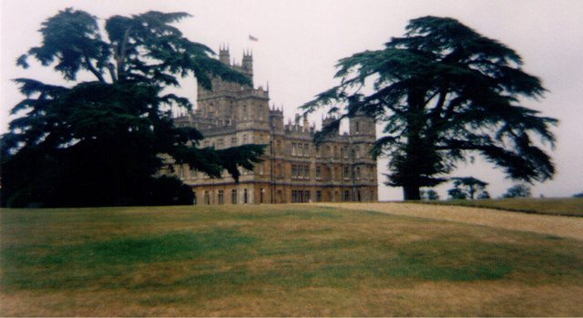 Highclere Castle - geograph.org.uk - 1591786