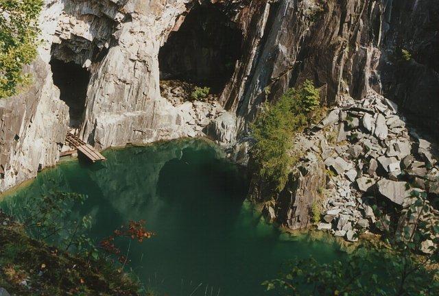 Hodge Close Quarry - geograph.org.uk - 240145