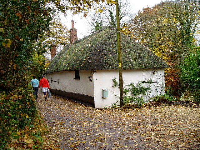 Honeysuckle Cottage, Mill Lane - geograph.org.uk - 1060708