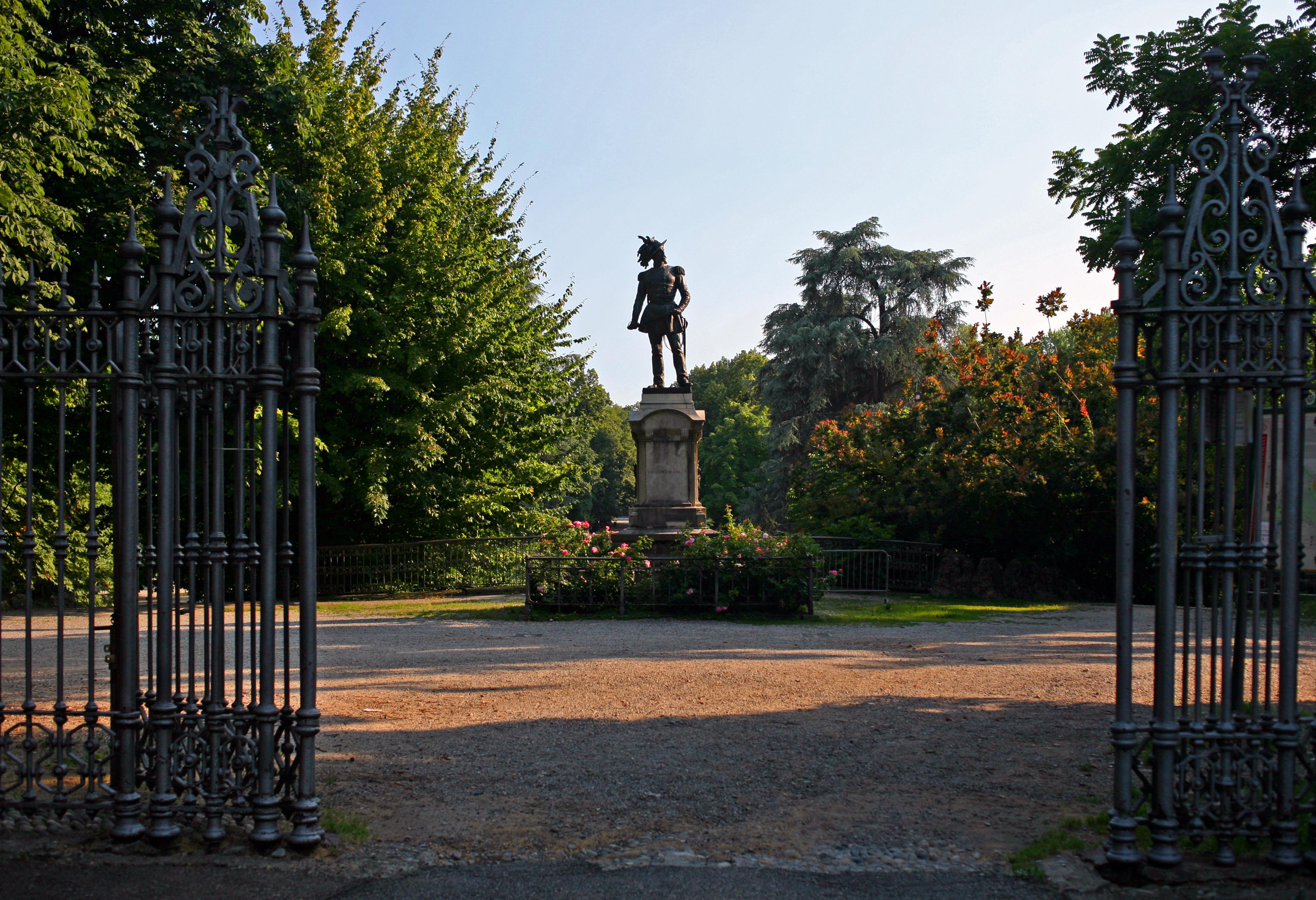 File i giardini di porta venezia di milano ingresso dai - Farmacia porta venezia milano ...