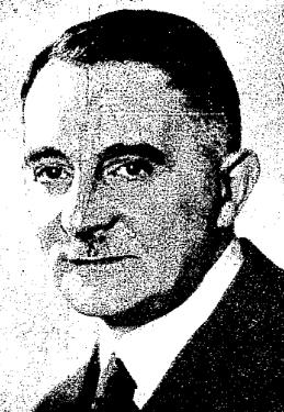 https://upload.wikimedia.org/wikipedia/commons/1/10/Ignacy_Schiper.jpg