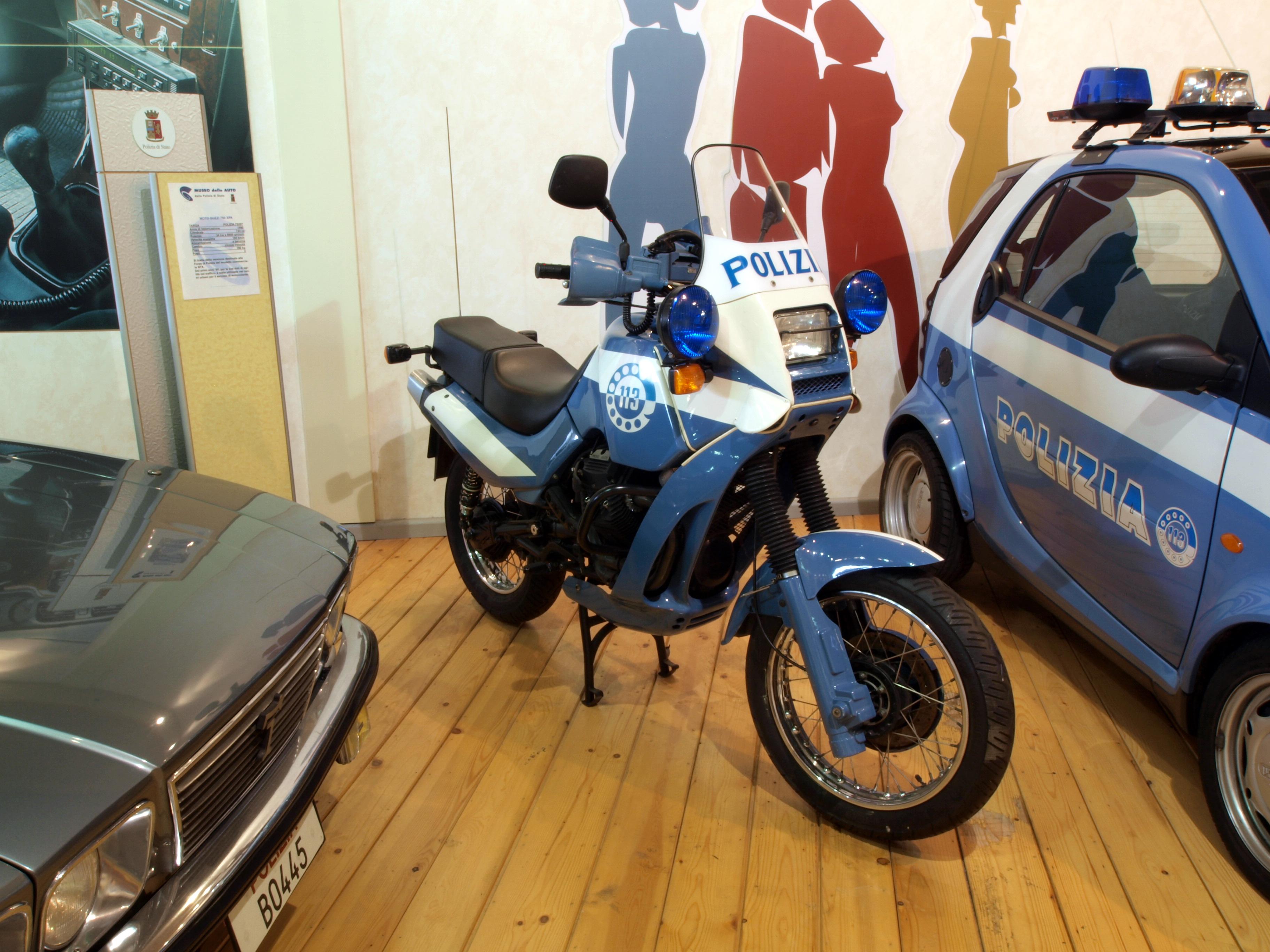 Oddbike Moto Guzzi V Twin Off Roaders Improbable Italian Enduros Engine Diagram Image Source