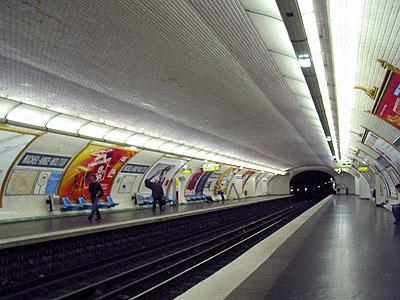 JPEG.L9-08-Michel-Ange-Molitor-02