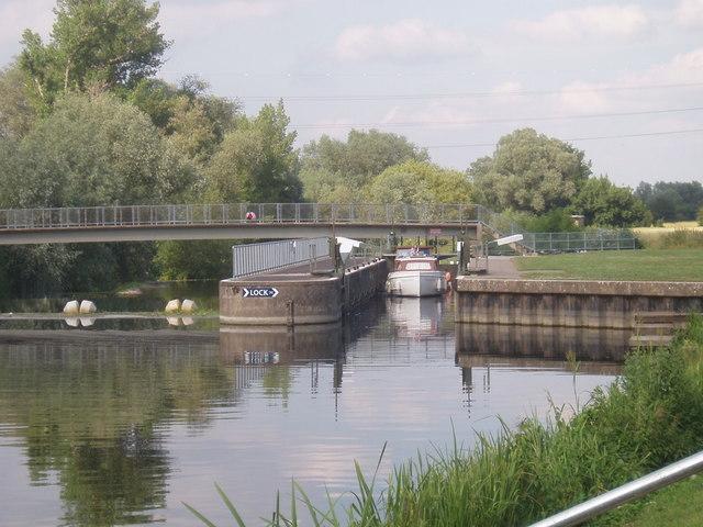 Lock near Willington - geograph.org.uk - 191381