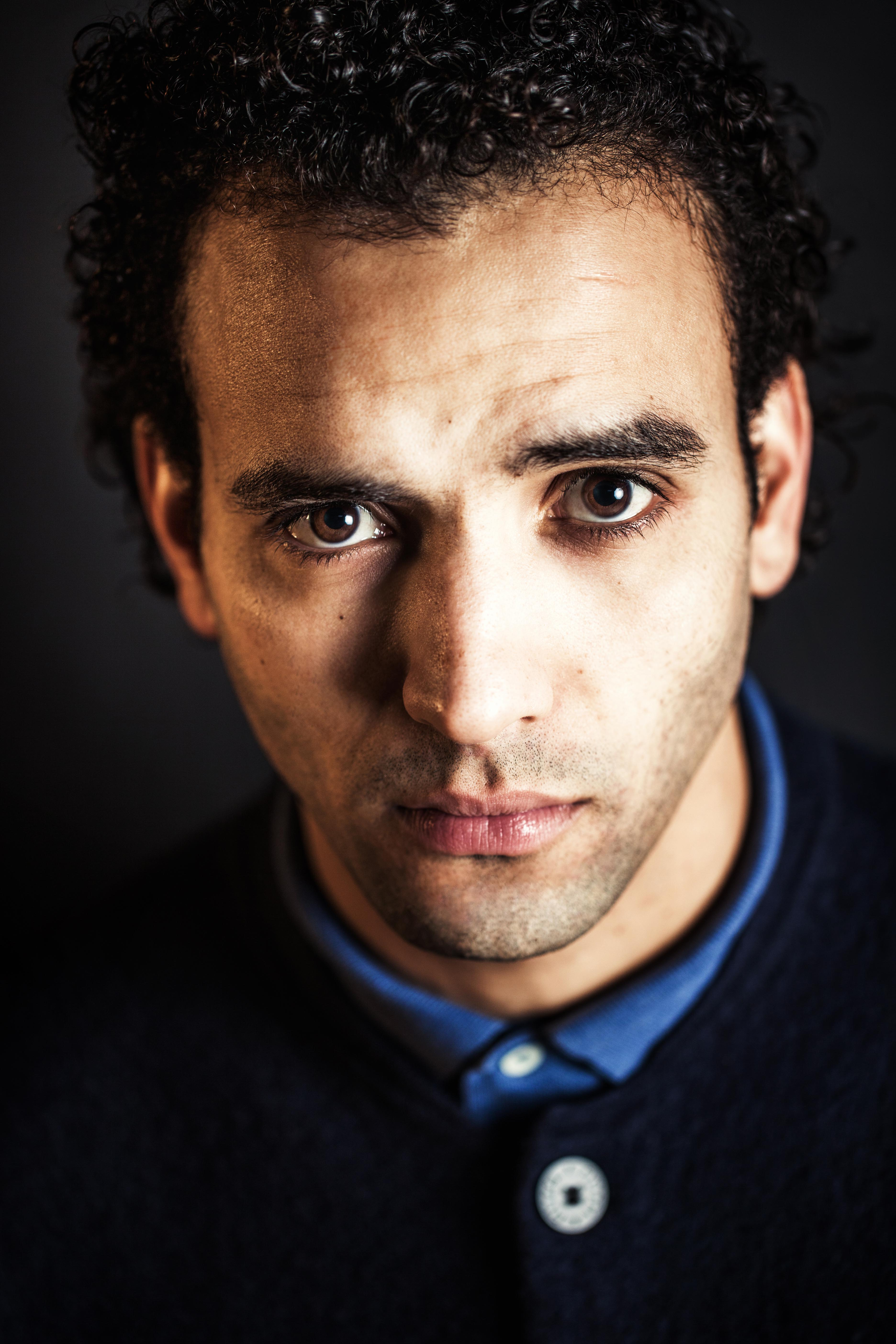 The 35-year old son of father (?) and mother(?) Marwan Kenzari in 2018 photo. Marwan Kenzari earned a  million dollar salary - leaving the net worth at 1.3 million in 2018