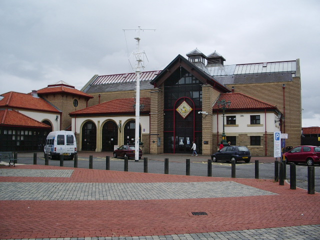 National Fishing Heritage Centre, Alexandra Dock, Grimsby - geograph.org.uk - 858957