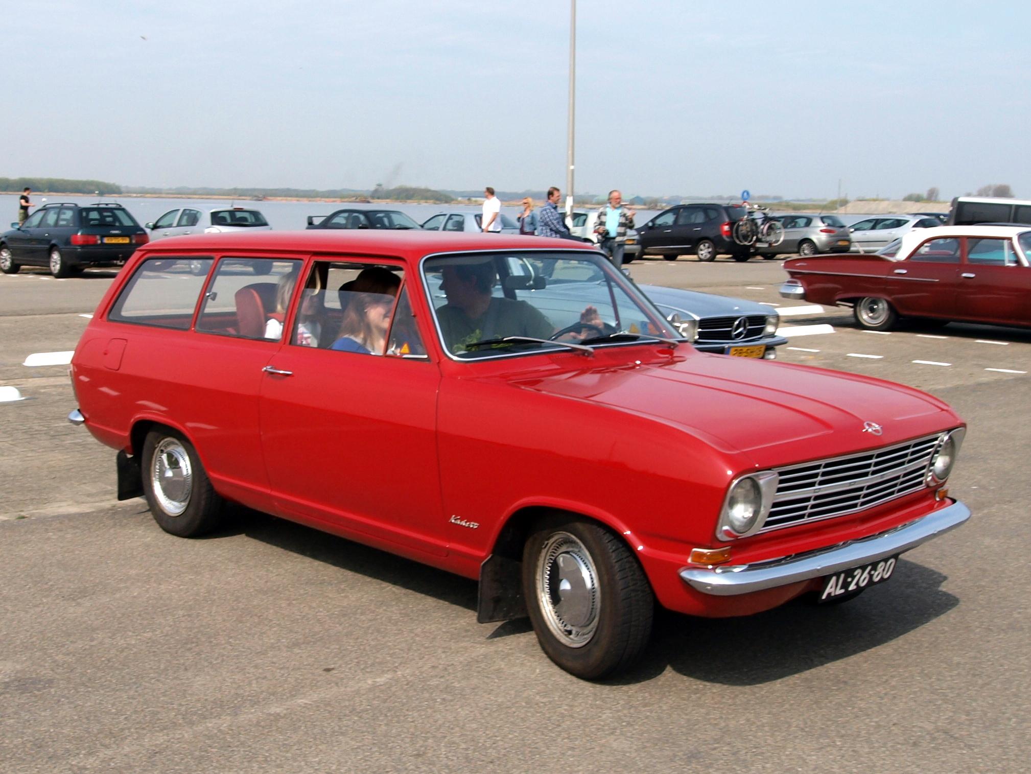 Description Opel Kadett Caravan (1967), Dutch licence registration AL ...