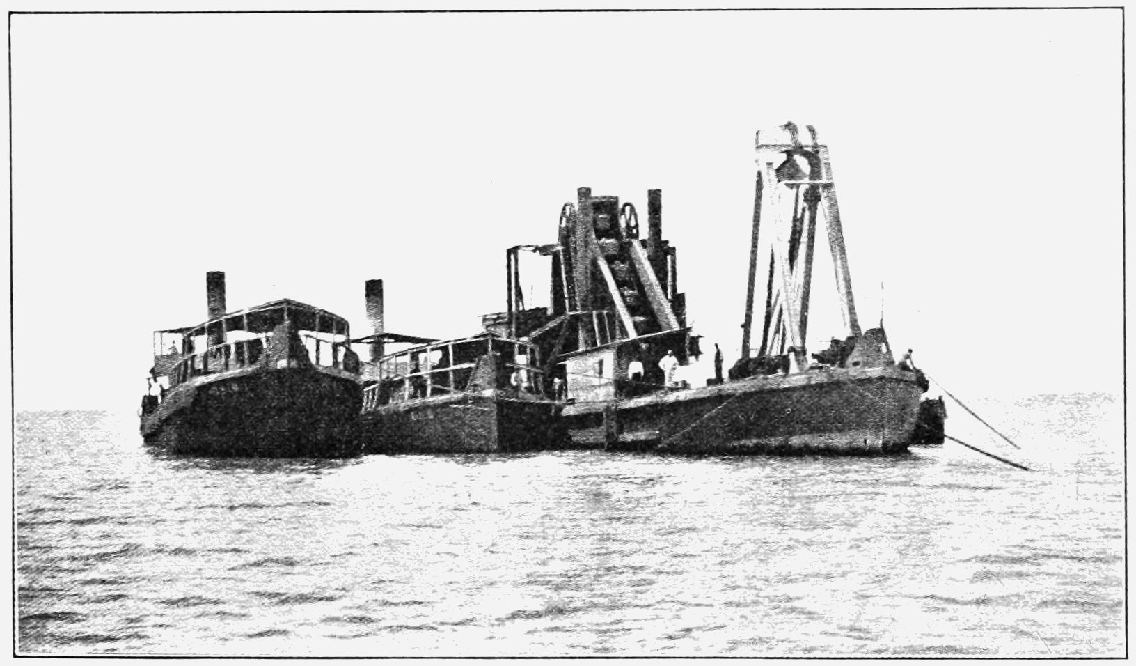 PSM V74 D425 French ladder dredge working near la boca.png