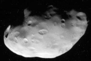 Pandora (kuu) – Wikipedia