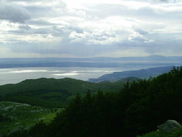 File:Pohled z Kolovratskych skal na Kvarnersky zaliv a ostrov Krk.jpg